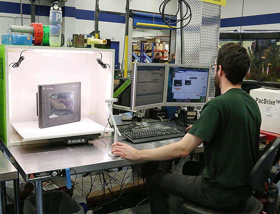 Breakdown Technician Working