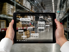Hands-tablet-screen-information-warehouse