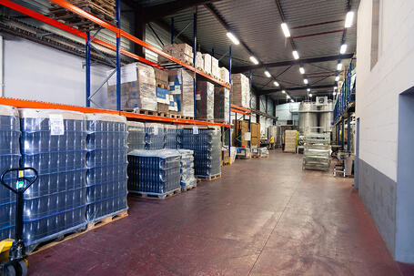 clean-warehouse-quality-inspection